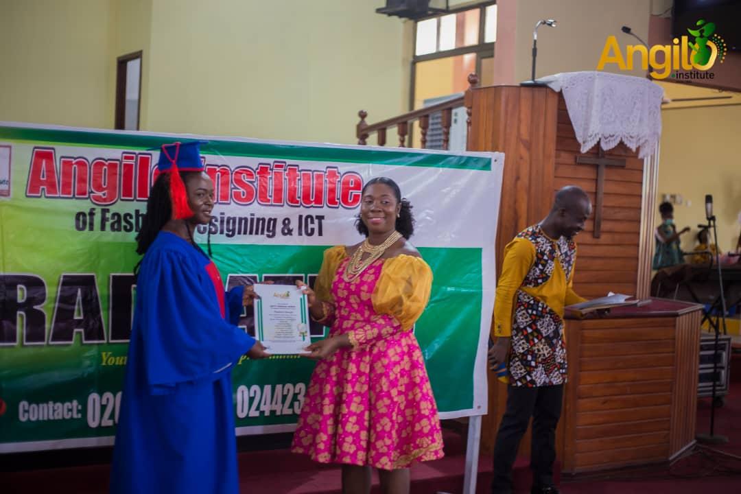 Angilo_Institute_27_Graduation_2021_2